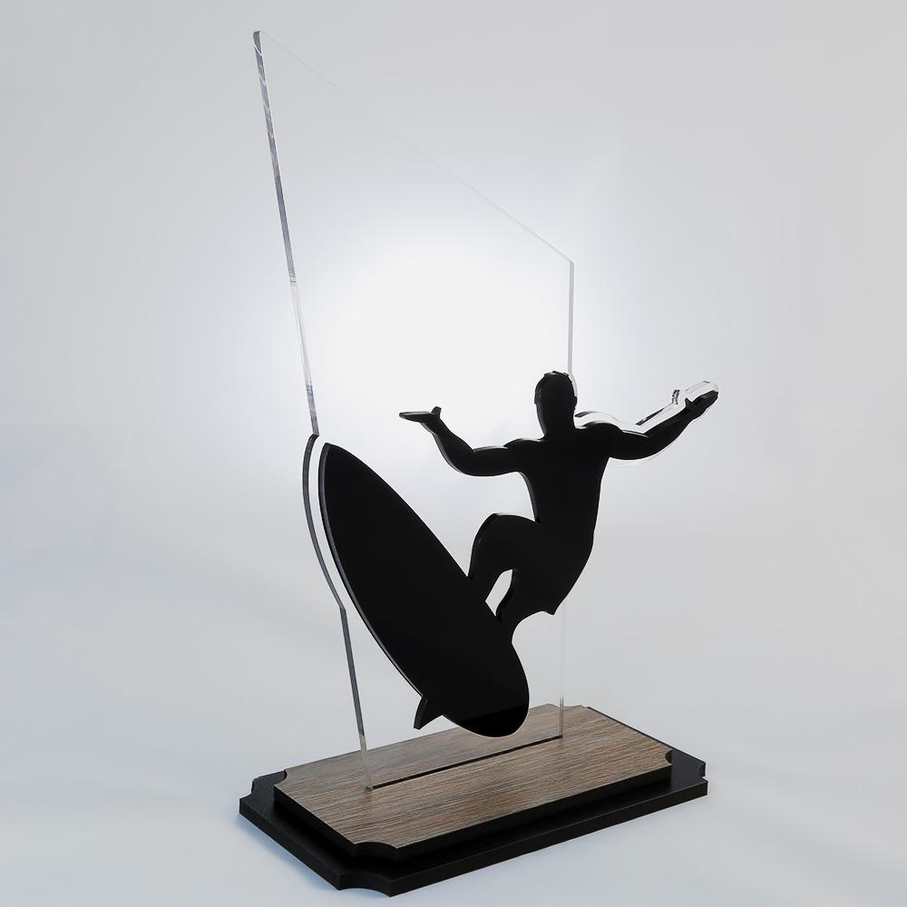 Troféu de Surf em Acrílico e Madeira Série Black Piano | Top Troféus