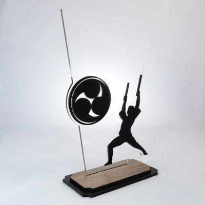 Troféu de Taiko em Acrílico e Madeira Série Black Piano | Top Troféus