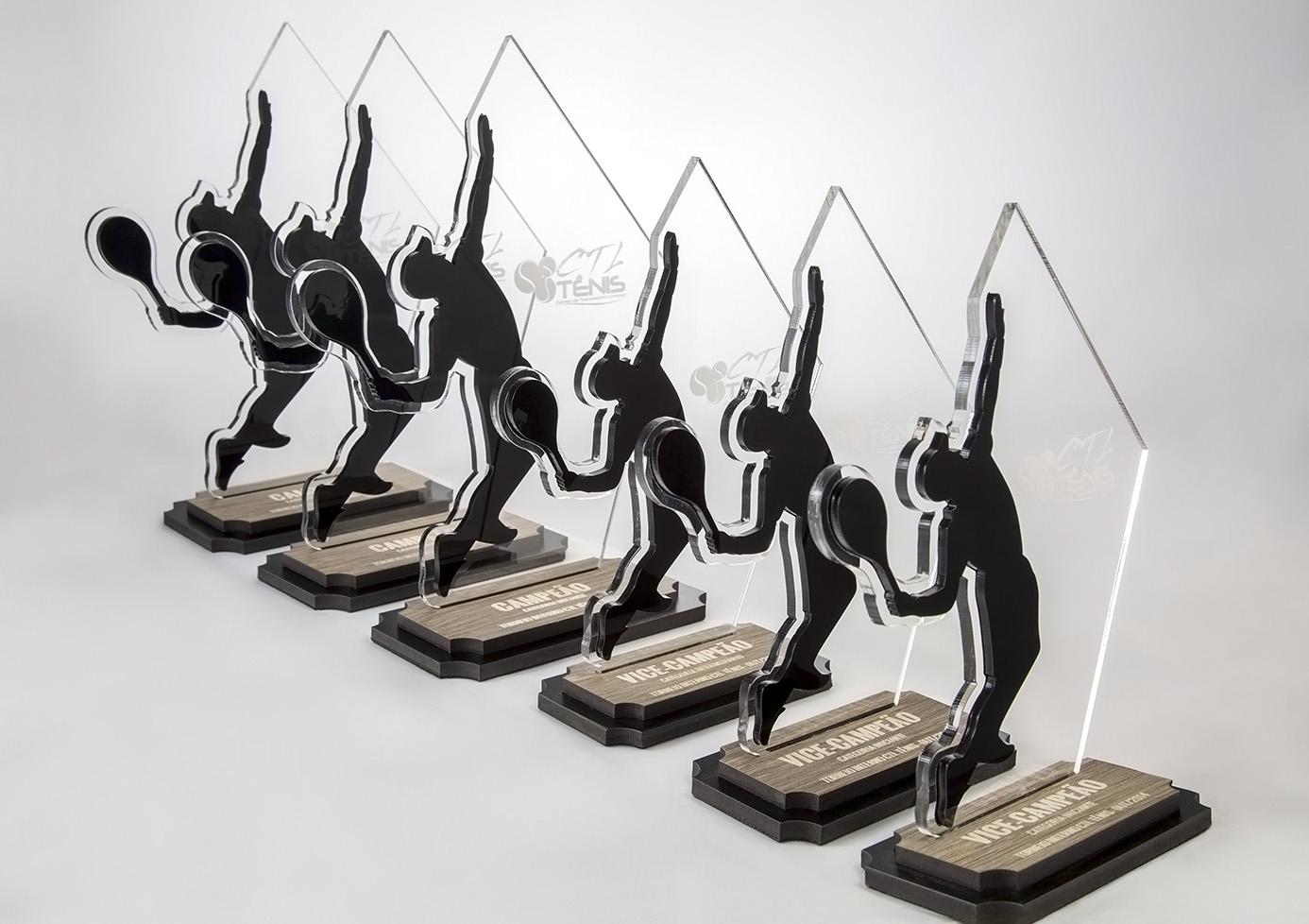 Troféu de Tênis de Campo - Campeão e Vice-Campeão em Acrílico e Madeira   Top Troféus