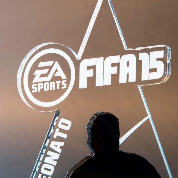 Troféu de Futebol - Fifa 15 - Playstation | Top Troféus