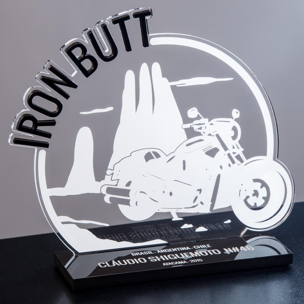 Troféu Iron Butt em acrílico | Top Troféus